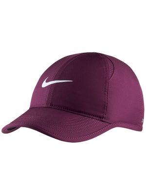 99fd18fa717 Nike Women s Summer Featherlight Hat